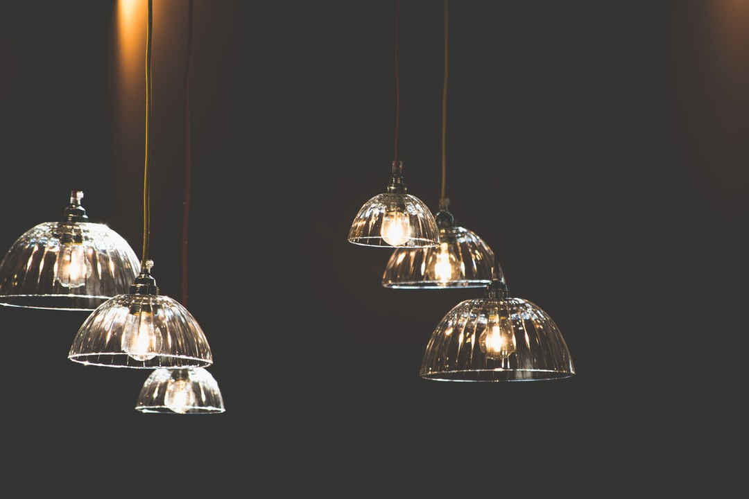 10 Inspirasi Lampu Gantung Buatan Sendiri Dari Barang Bekas