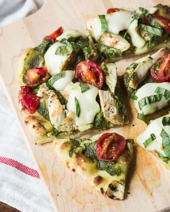 3 Resep Untuk Membuat Pizza Rumahan Yang Mudah Dan Nikmat