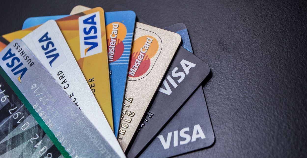 menggunakan kartu kredit dengan cermat