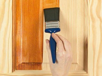 Cara mengecat pintu sendiri