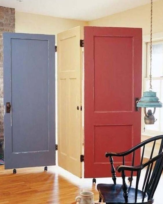 inspirasi desain sekat ruang rangkaian pintu