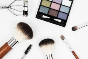 5 cara membuat rak make up sendiri dari kardus bekas