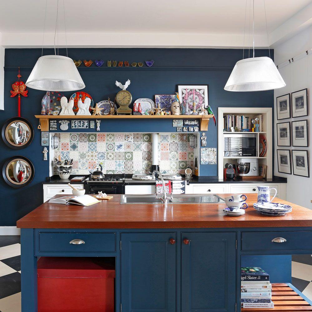 nuansa navy blue untuk dapur
