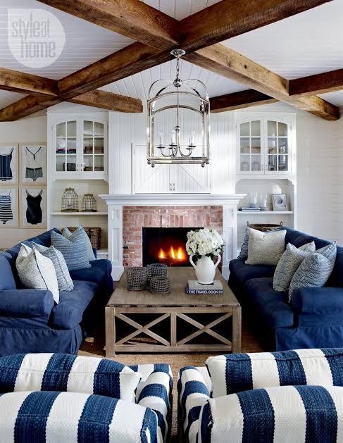 ruangan coastal navy blue ruang tamu
