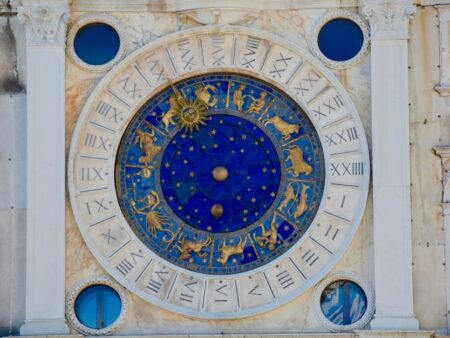 ramalan zodiak sagitarius capricorn aquarius pisces