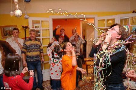 pesta tahun baru di rumah