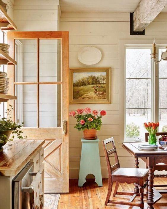 tips menciptakan nuansa natural di rumah - unsur kayu