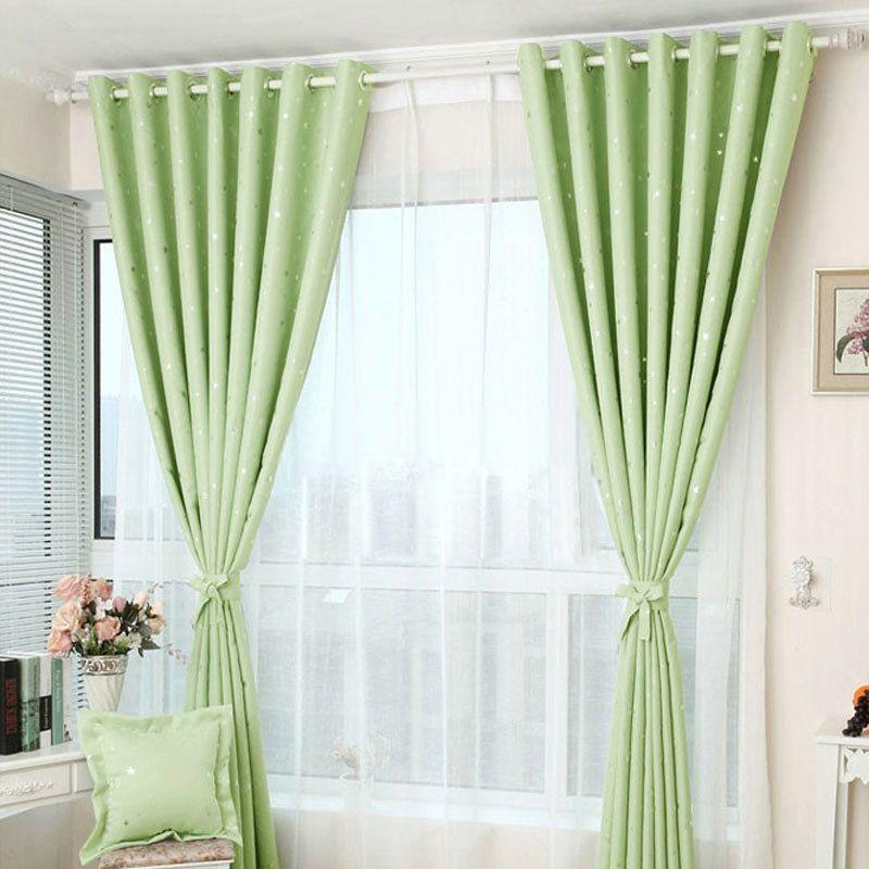 gaya tirai jendela hijau