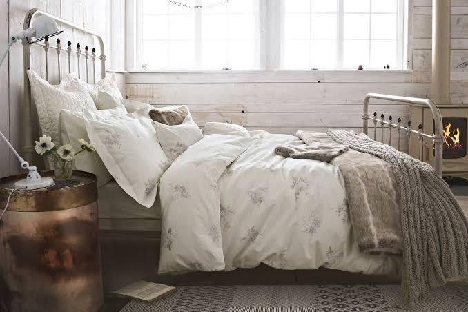tren kamar tidur 2020 farmhouse - kesan klasik