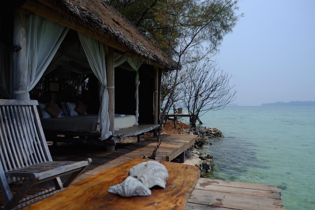 Tempat Honeymoon Romantis di Indonesia - Pulau Macan