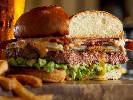 Restoran yang menyajikan impossible burger dan beyond meat di Jakarta