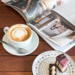 kafe buku di jakarta
