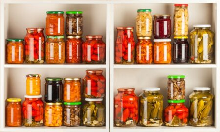 Cara menyimpan bahan makanan agar awet saat self-distancing