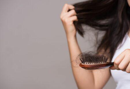 rambut rontok karena covid-19
