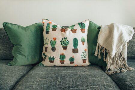 tips membersihkan sofa kain