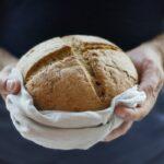 memanaskan ulang roti