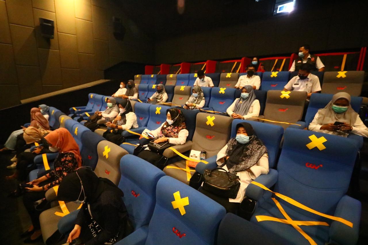 bioskop pandemi - tempat berisiko corona
