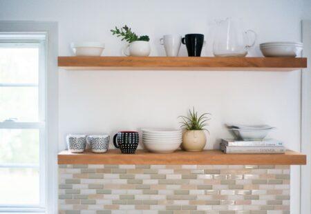 DIY Cara Membuat Rak Dinding Floating Shelves