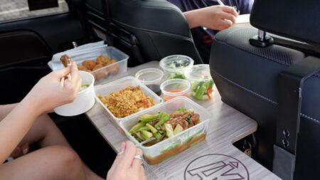 Dine In Nyaman di Mobil