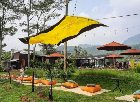 kafe outdoor di sentul
