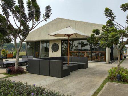 kafe outdoor bekasi