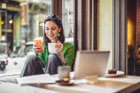 Cara Menjadi Bahagia dan Positif dalam 5 Menit